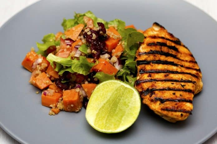 Grilled chicken, quinoa and salad